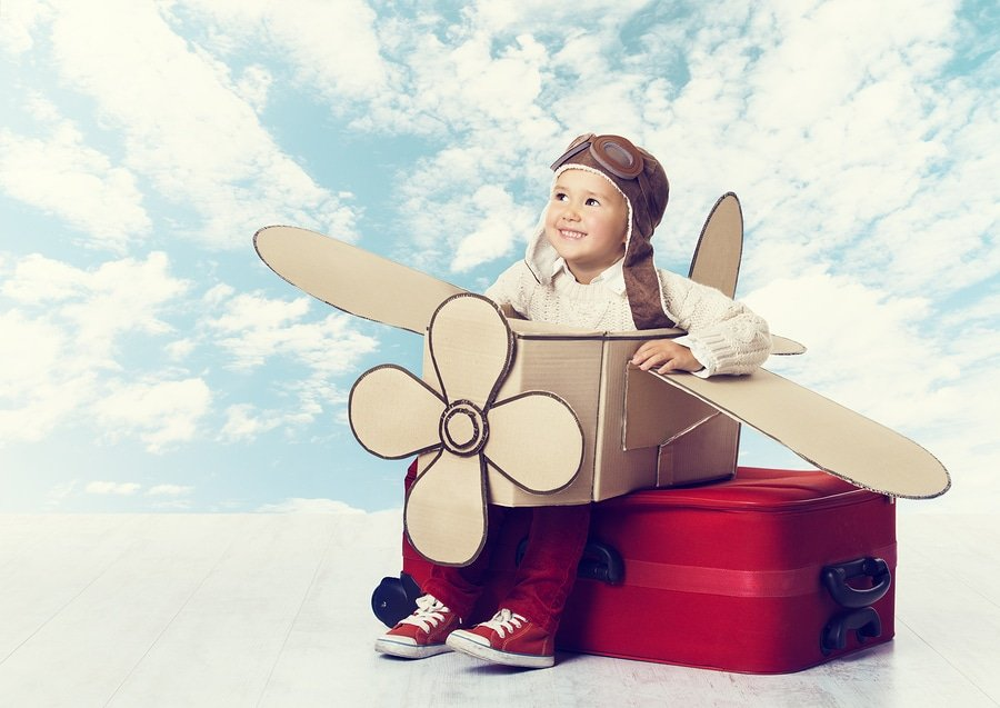 How to travel happily with kids