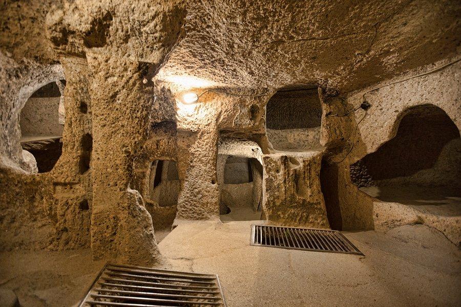 Derinkuyu cave city