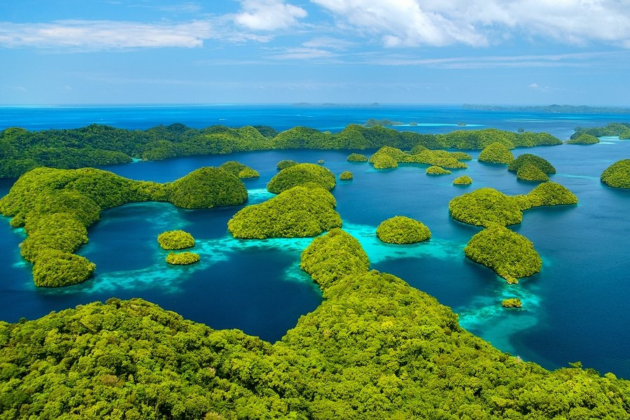 Dreaming about something really remote? How about 8 days in Palau