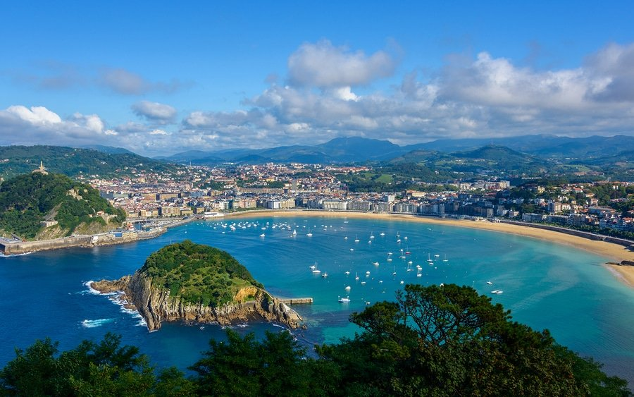 5-Day Beach Holiday in San Sebastian, Spain