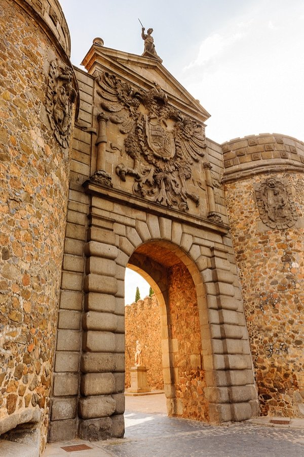 Puerta de Bisagra (Bisagra Gate), Toledo, Spain