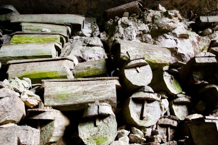 Lumiang Burial Cave, Sagada, Philippines