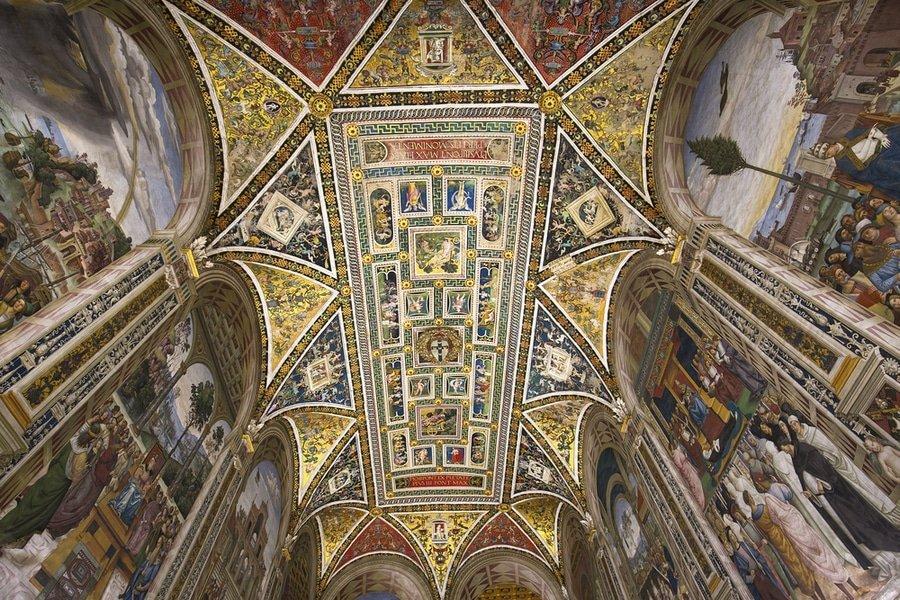 ceiling, Biblioteca Piccolomini, Siena, Italy