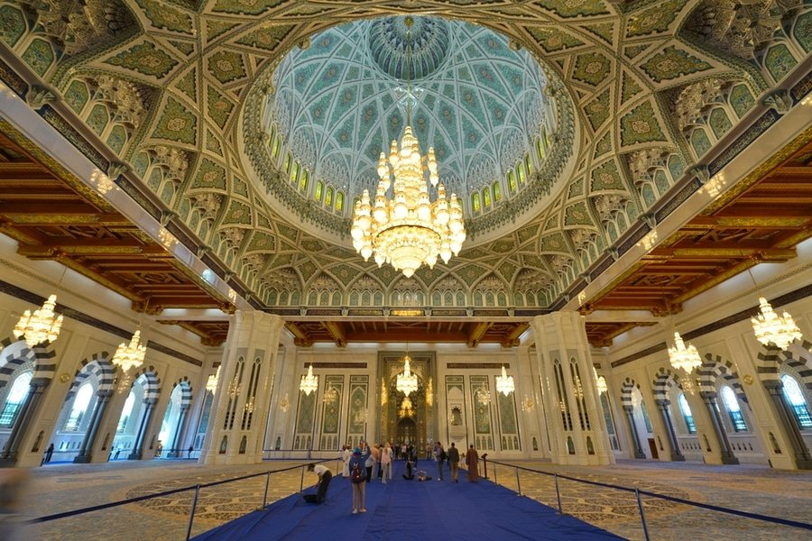 The grand chandelier of the Sultan Qaboos Grand Mosque, Muscat, Oman