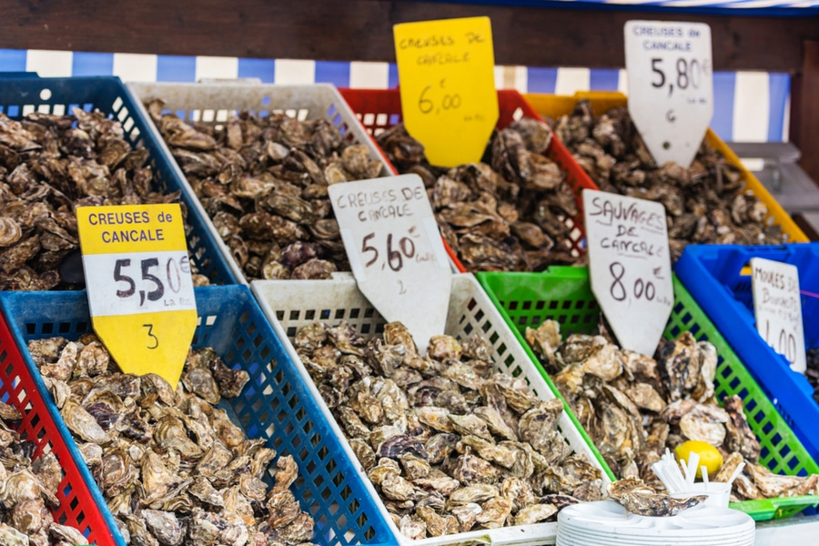 Oysters stand in Cancale, France